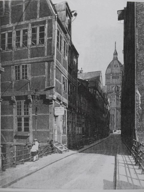 Hamburg Entwurf St. Nicolai von G. Semper. St Nicolai nach Sempers Originalentwurf am Nikolaifleet von der Reichenbrücke aus gesehen.