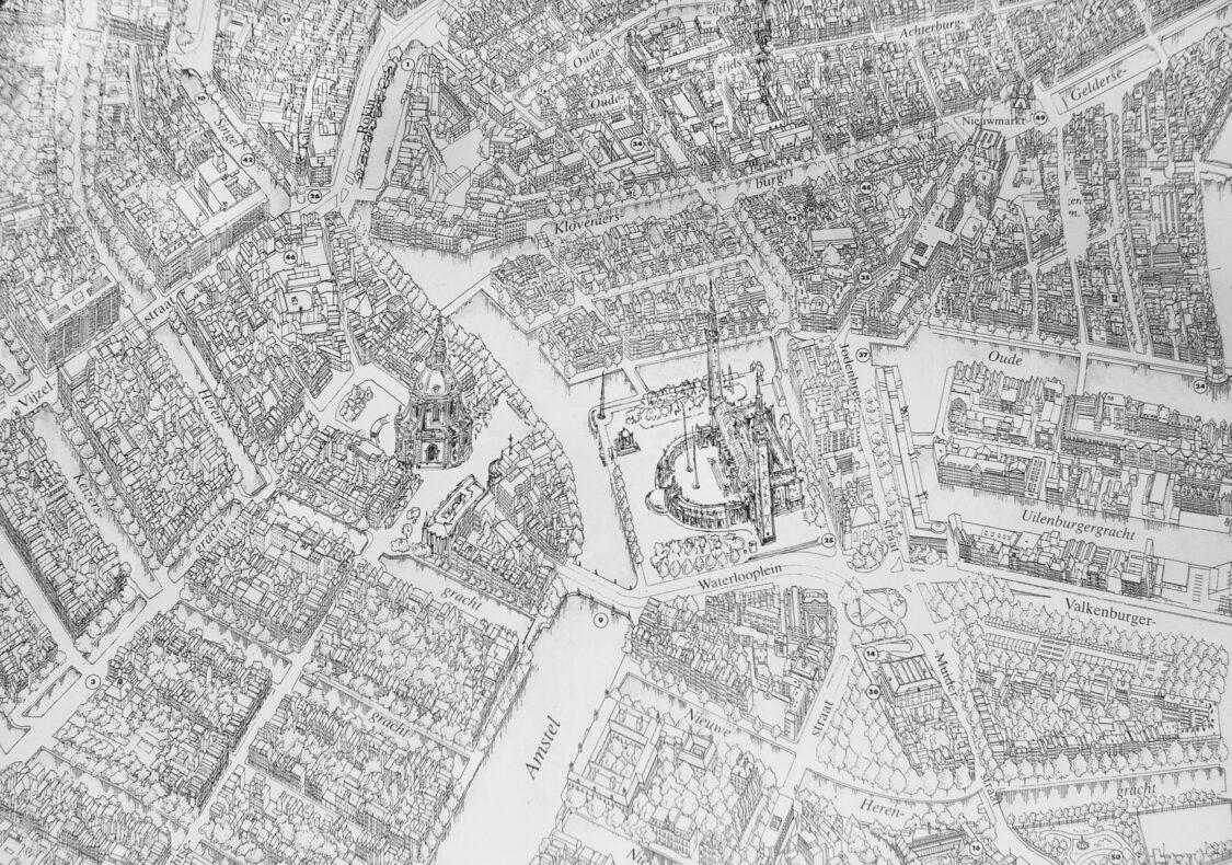 Überblick über die Projekte an der Amstel mit der Postkerk und dem Neuen Rathaus