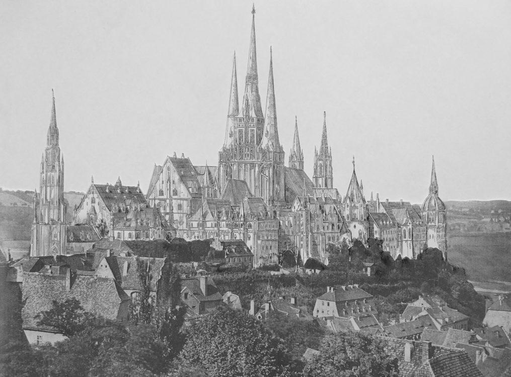 Der Idealplan zeigt den fünftürmigen Dombau mit der aus drei Türmen gestalteten Westfassade nach Linnemann. Die Albrechtsburg ist mit einem neuen Torturm sowie weiteren Wohn- und Treppentürmen ausgestattet.