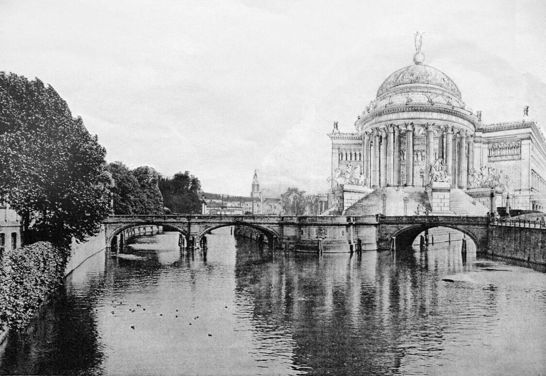 Berlin-Museumsinsel Kopfbau nach Sehrings Entwurf zur Konkurrenz des Schinkelwettbewerbes. Anstelle des späteren Bode-Museums ist ein offener Säulenbau in Form eines Monopteros vorgesehen.