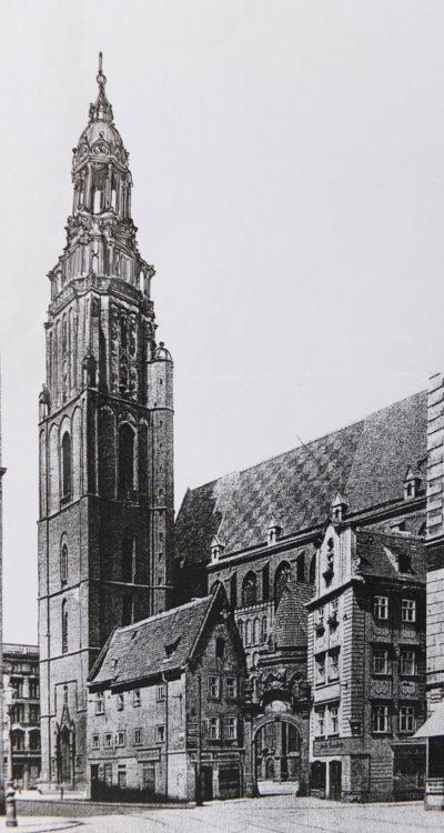 Breslau Elisabethkirche mit schlankem barockem in den oberen Geschossen durchbrochenem Turmhelm an Stelle des eher provisorisch wirkenden, wie er ausgeführt ist.