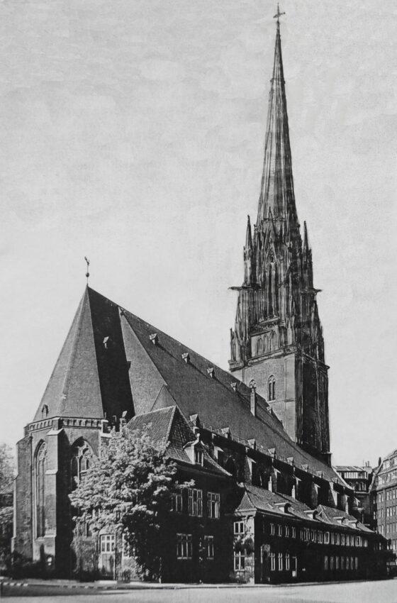 Hamburg St. Jacobi mit neugotischem Turmaufbau