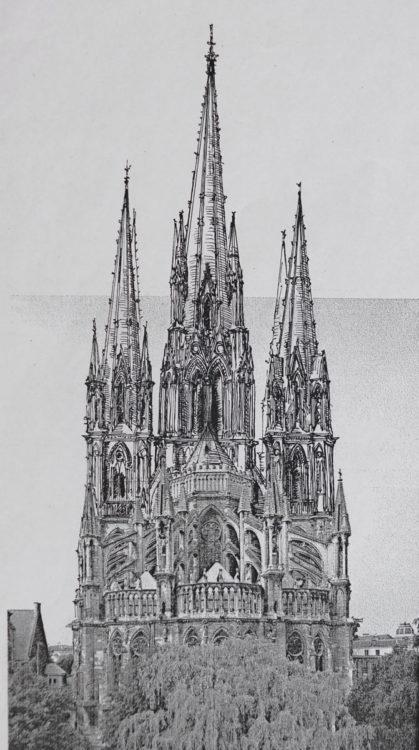 Kathedrale von Reims mit vollständig ausgebauter Turmgruppe von Osten