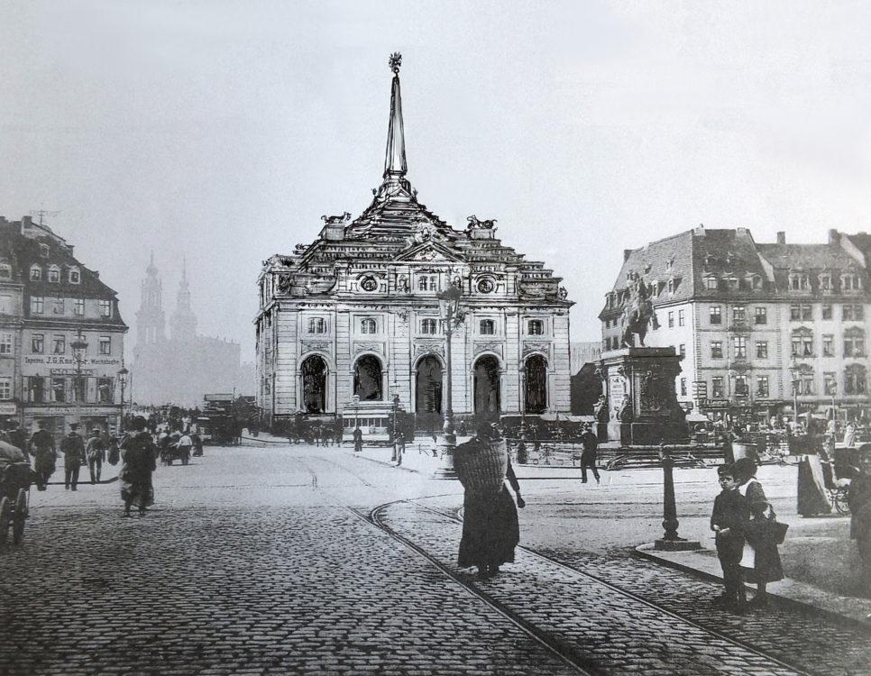 Neustadt Blockhaus mit Obelisken